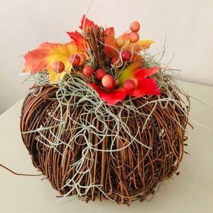 Decorative wicker pumpkin
